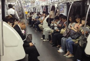 スマホ・電車内