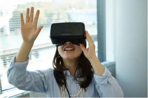 女性用VR